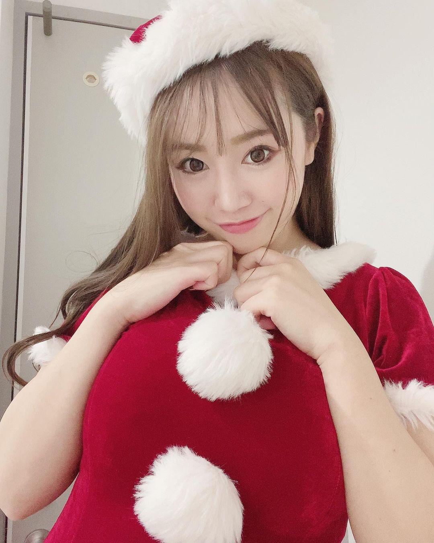 サンタコスプレ姿を披露【愛場れいらさん/2020年12月14日】